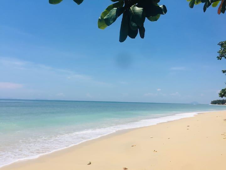 Baracuda Beachfront Eco Village in Koh Lanta