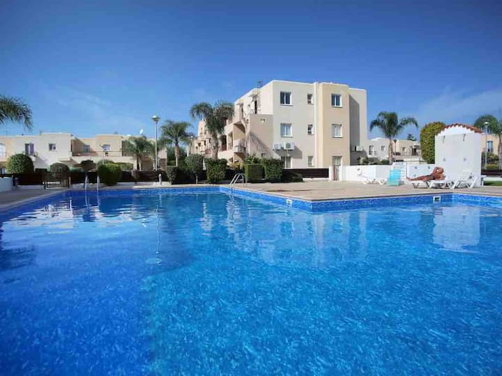 Modern 2bed apartment in  Mandria, Paphos, Cyprus