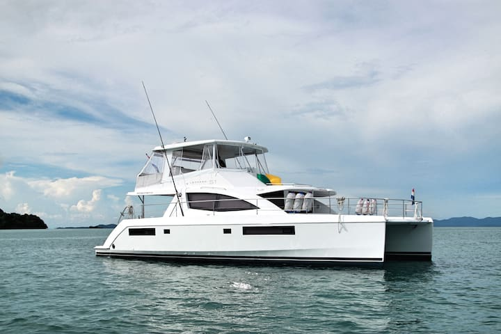 Yacht  Charter on  A DIVING AND FISHING MACHINE ! - Kammala - เรือ