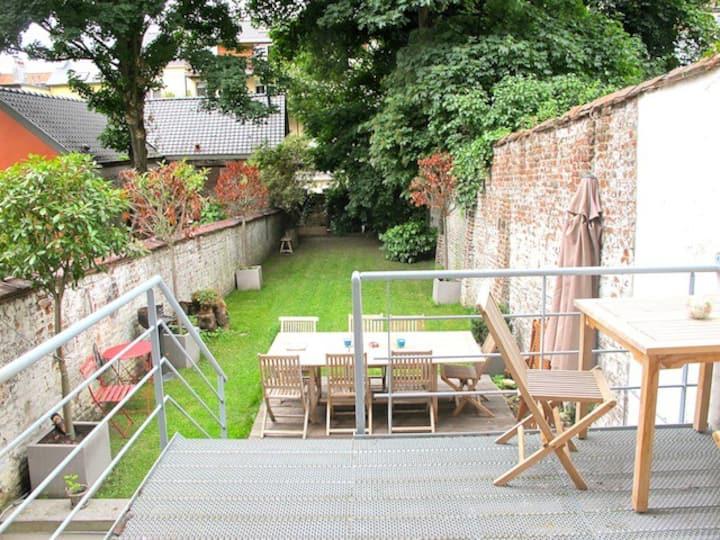 Cosy 90 m2 duplex + private garden in Ixelles