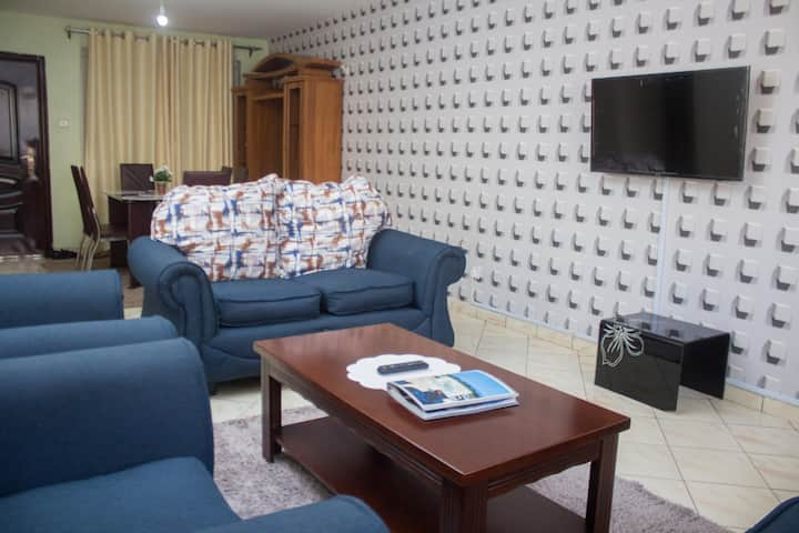 Essy's Comfy Two Bedroom Apt in Milimani Nakuru