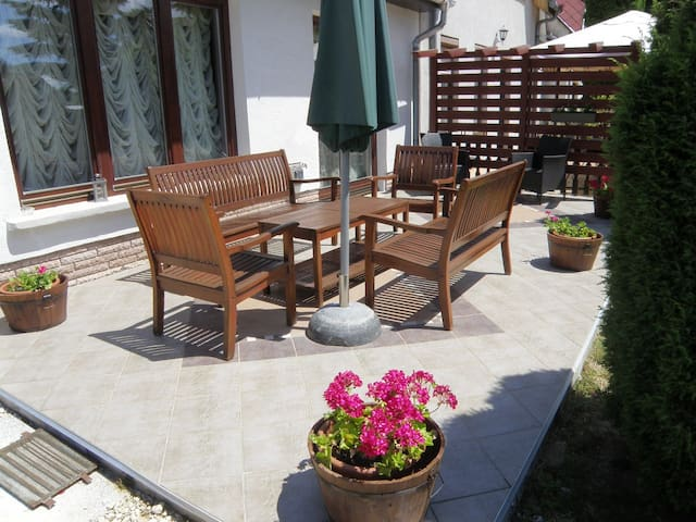 Lovely Cottage close to Spa - Bük - Casa