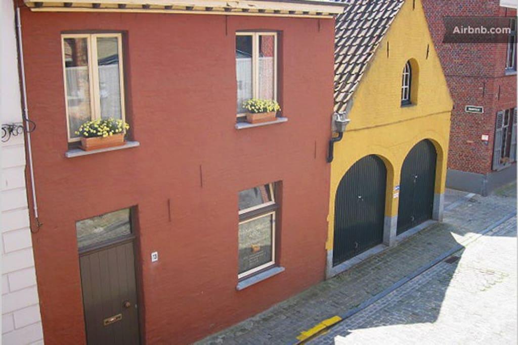Façade of Anna's House