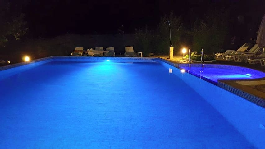 Bulgaria Coast Villa Large Pool BBQ & Activities - Burgas - Villa