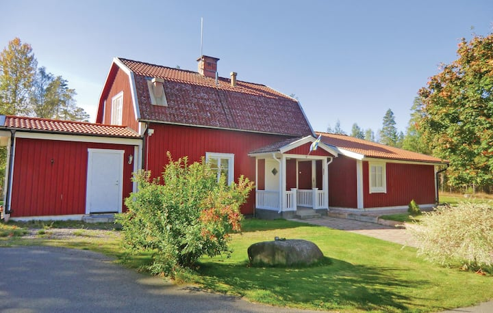 Nice home in Orrefors with WiFi and 5 Bedrooms
