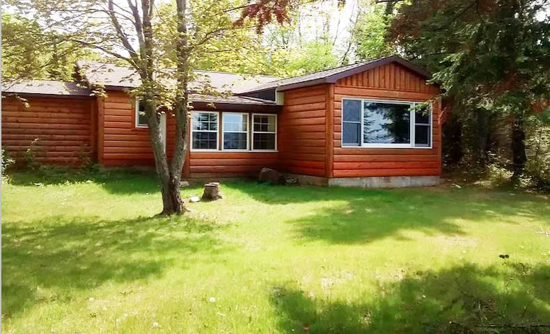 Grand Marais Waterfront Cabin. Live Your Dream.