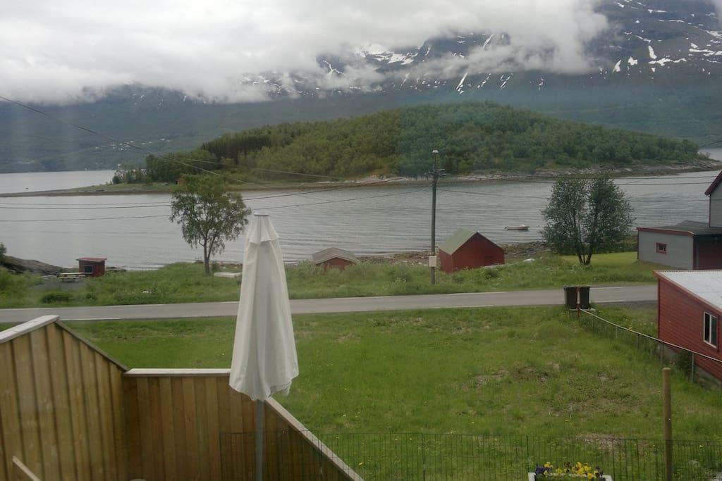 view from the garden.   utsikt fra hagen