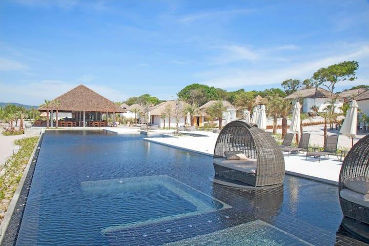Beautiful Oceanview Villa at Koh Rong!