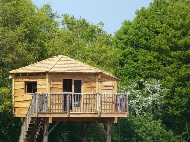 Treehouse near Guedelon & Saint Far - Batilly-en-Puisaye - Ağaç Ev