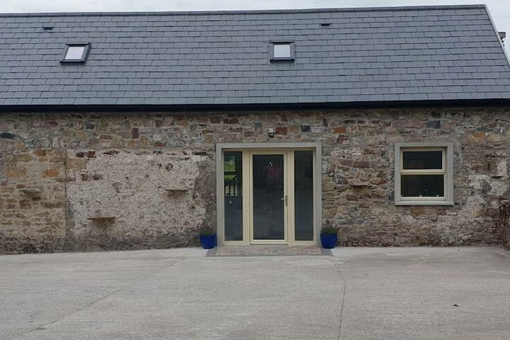 Renovated cottage at the foot of the Galtees