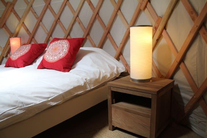 Cosy yurt in Burgundy - Batilly-en-Puisaye