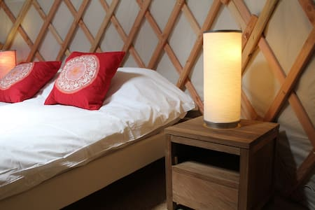 Cosy yurt in Burgundy - Batilly-en-Puisaye - Tenda