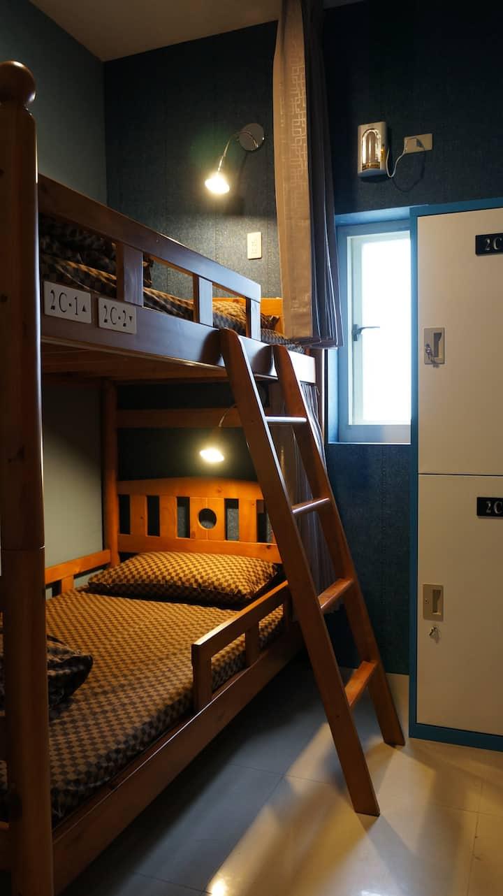 上下舖2人房