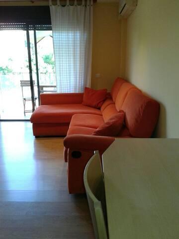 estupendo apartamento en Fiqueras-Costa Brava