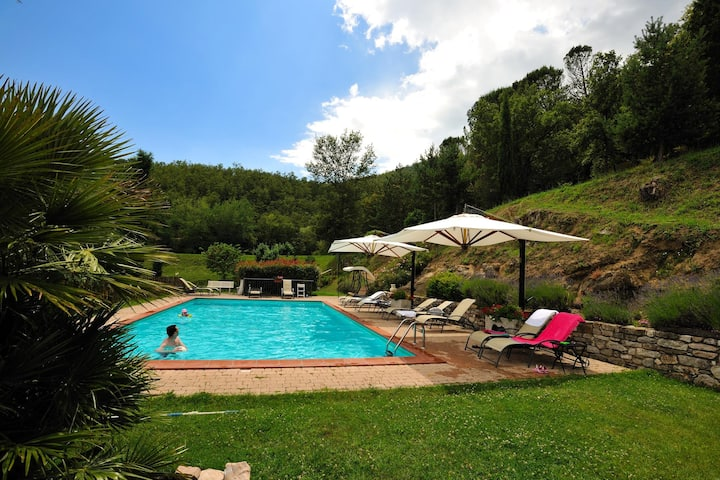 Apartment with one bedroom in Lisciano Niccone, with shared pool, enclosed garden and WiFi