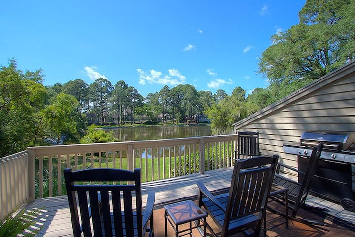 2639 Calibogue Club | Updated Throughout | Lovely Lagoon View | Complex Pool & Tennis | Sea Pines