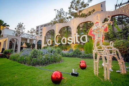 Lacasita luxury new condo in the center of Hua Hin
