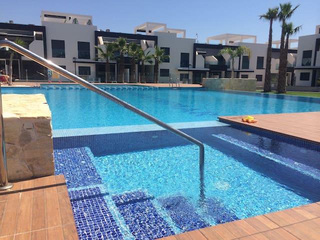 Modern apartment in La Zenia.WiFi - Orihuela Costa - Apartament