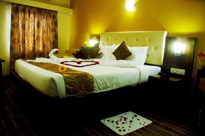 Mango Comfort Hotel Room- Nagpur