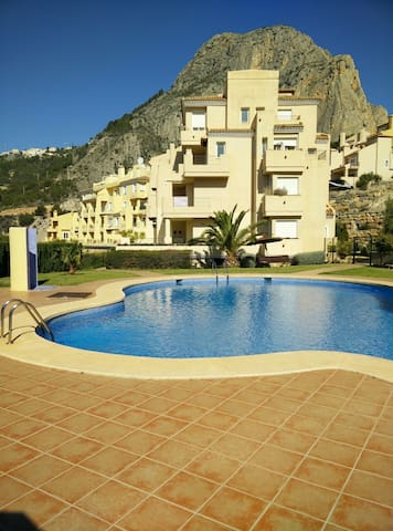 Appartement 4 - 6 persons with seaview and 2 pools - Pueblo Mascarat - Lejlighed