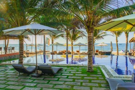 Ananda Standard Room - Phan Thiet - Bed & Breakfast