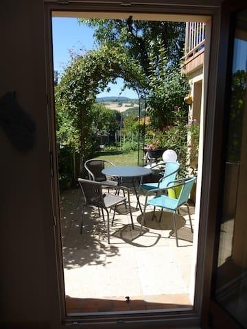 Studio meublé avec jardin à Tallende (Classé 3*) - Tallende