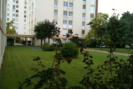 Appartement F3/4 de 73m² - Mantes-la-Ville