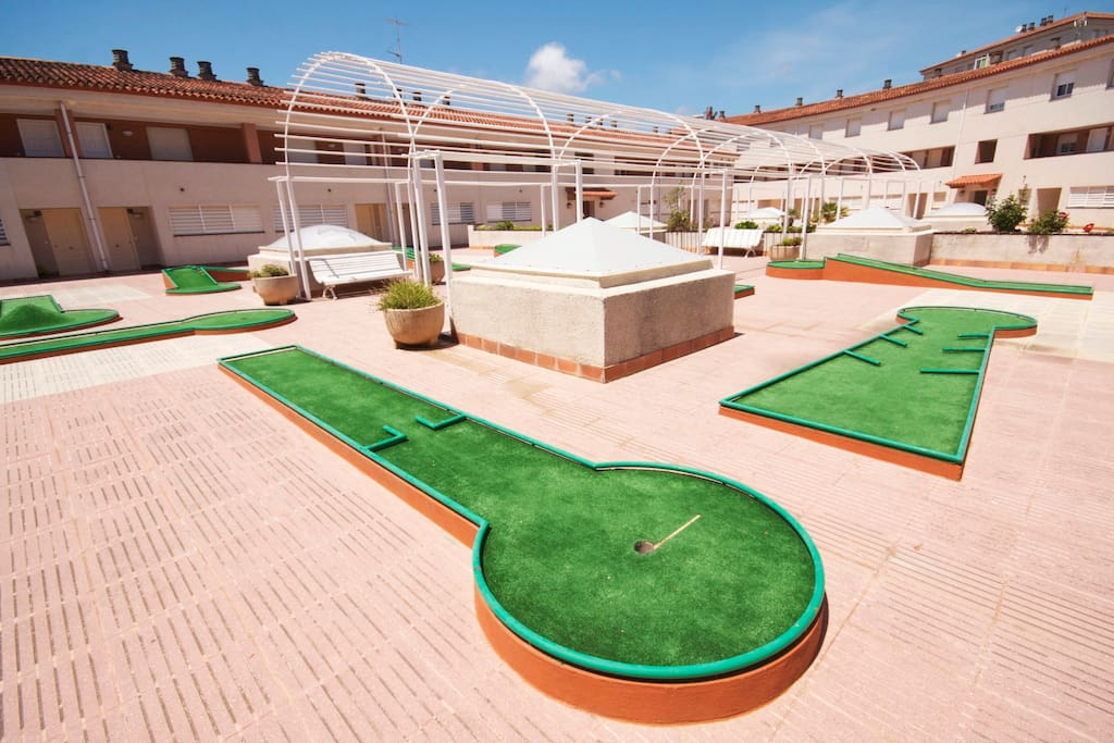 Patio interior - mini golf
