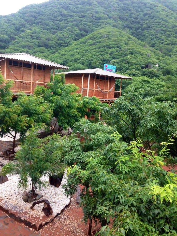 Linda cabaña en la naturaleza numero 1 privada