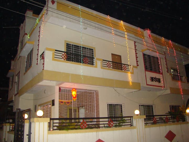 Large Studio near Pune Airport with private access