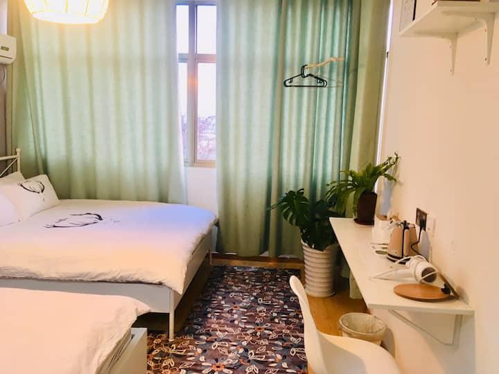 禄口机场海王星家庭双床房间