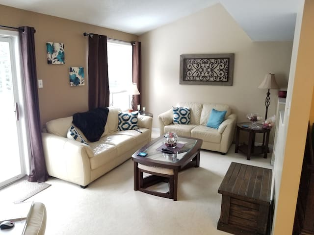 Stittsville Serenity- CTC home away from home!