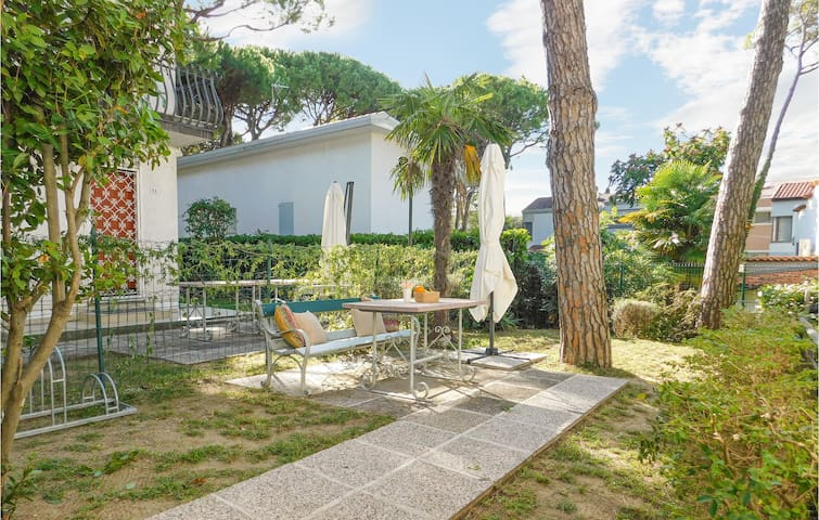 Semi-Detached with 4 bedrooms on 90m² in Lignano Sabbiadoro UD