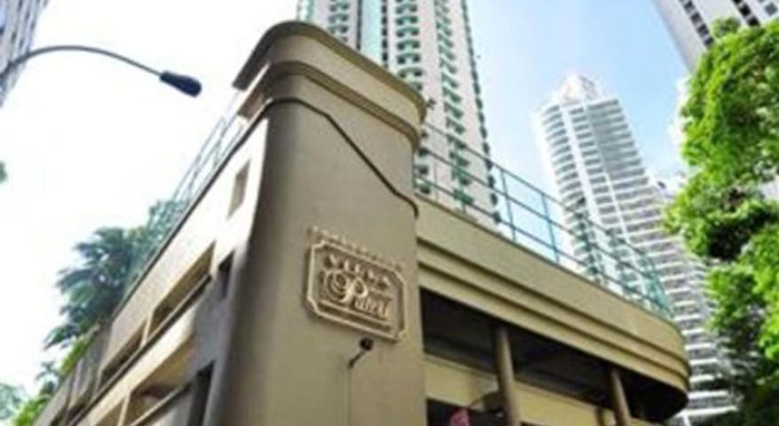 KL City Centre (PWTC area) 1BR, female ONLY