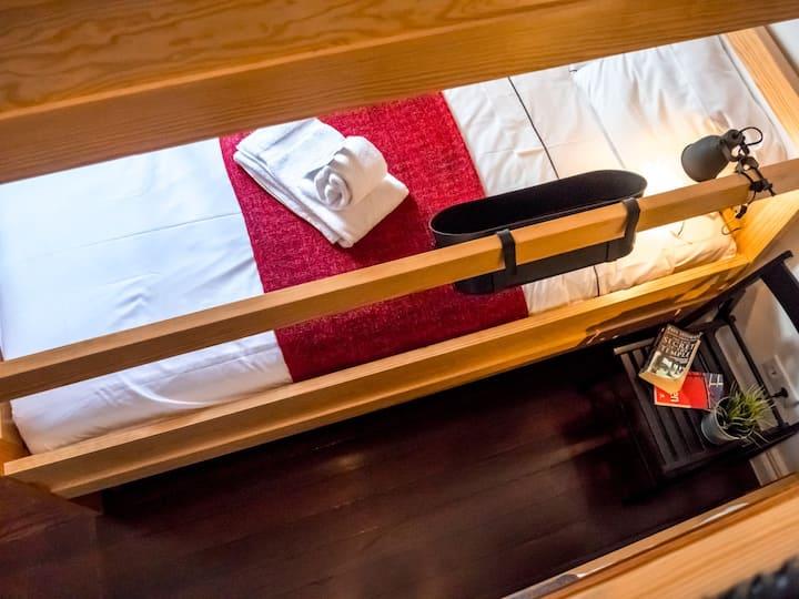 Cama num Dormitório Misto com 4 Camas - Procyon