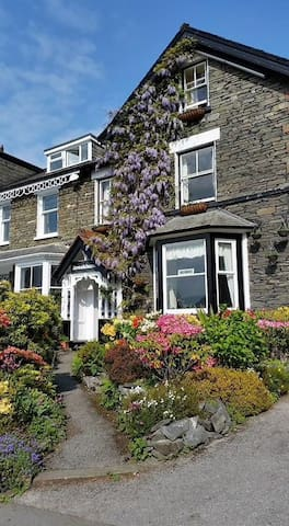 Double room at Brooklands Guest House - Bowness-on-Windermere - ที่พักพร้อมอาหารเช้า