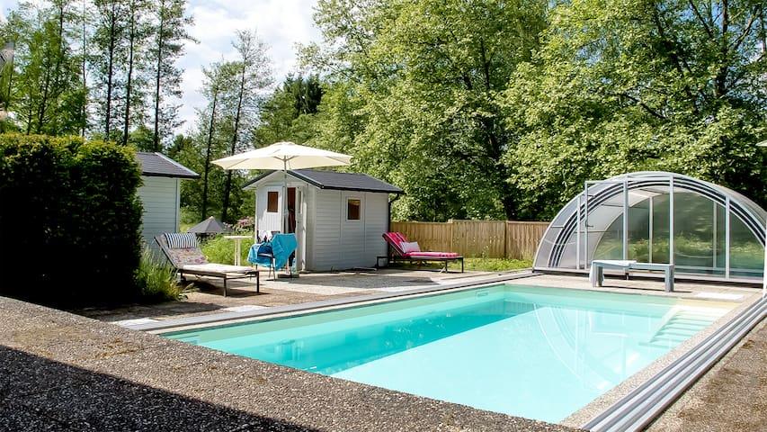Ferienhaus Milan mit Schwimmbad