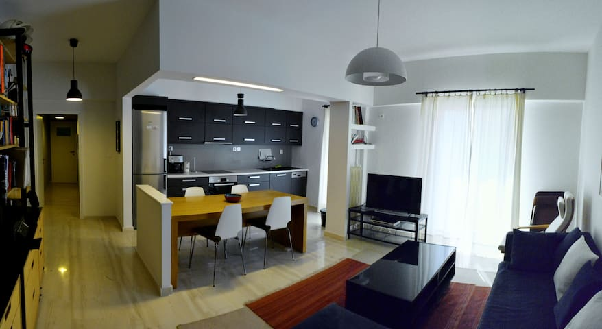Modern + spacious + 12' from center - Nea Ionia - Apartamento
