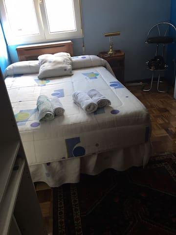 Alquilo habitacion cómoda y espaciosa
