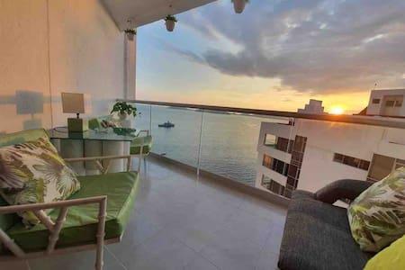 Hermoso Loft a orilla del mar en Costera.