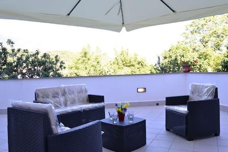 Le Terrazze sui Monti- Appartamento Titì - Pietre - Huoneisto
