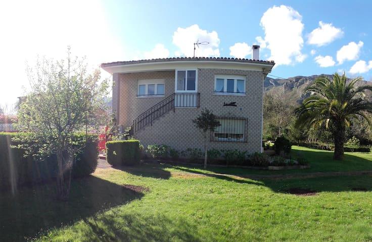 Villa Felipe - La Galguera-LLanes, Asturias - House