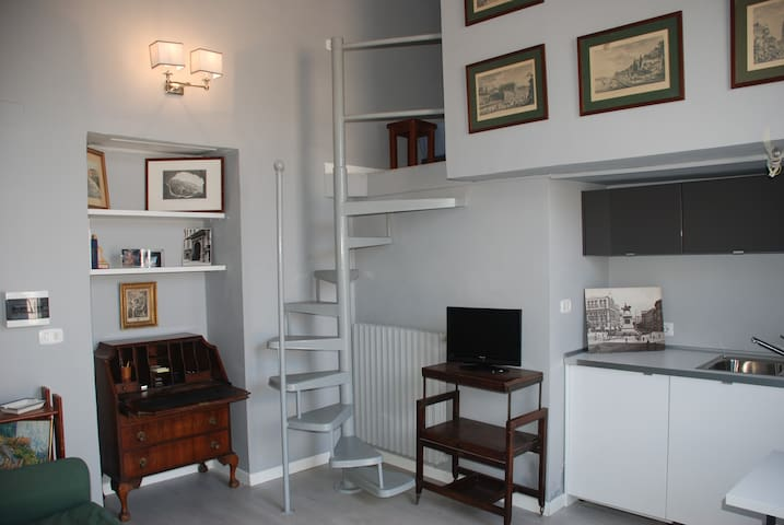 Airbnb Napoli Vacation Rentals Places To Stay