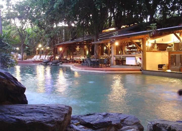 Ramada Resort Basic Kitchen Free WIFI Free Netflix