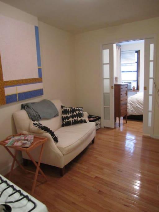 charming nolita apartment appartements louer new york new york tats unis. Black Bedroom Furniture Sets. Home Design Ideas