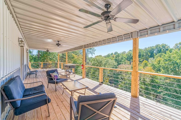 Pickwick Lake Vacation Rental (sleeps 8-10)