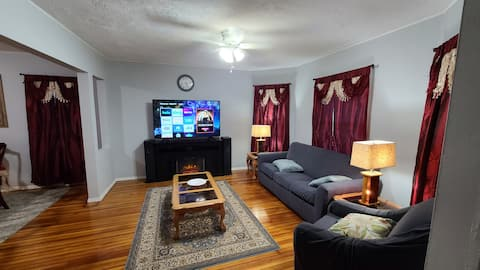 lovely 3 bedroom apartment with indoor fire place