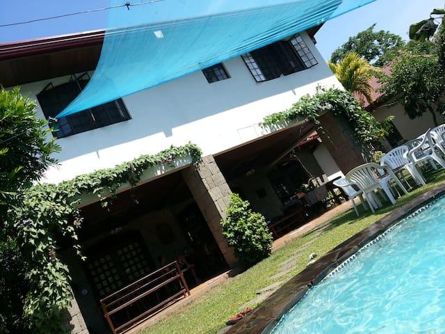 Resort House with Pool - Laguna - Dům