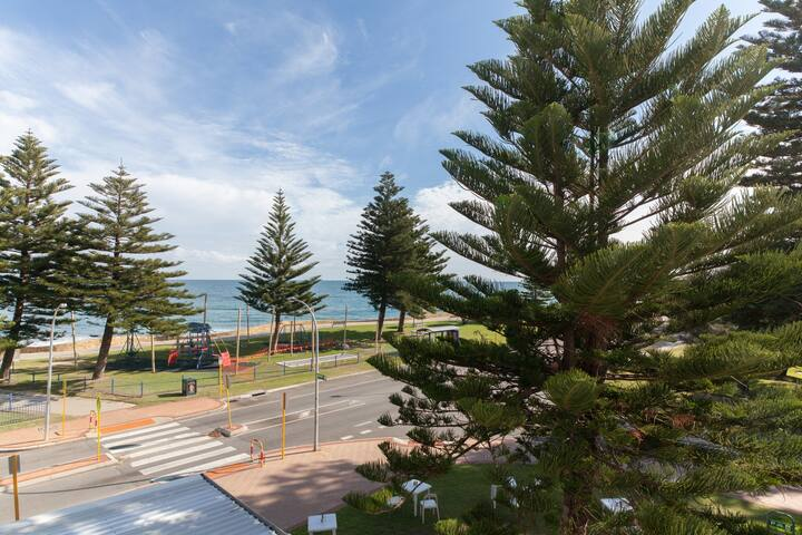 Beachfront apartment in Cottesloe - Cottesloe - Wohnung