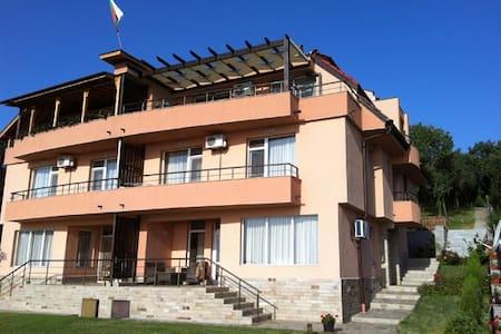 Villa Smokinya 3 - Sozopol - Vila